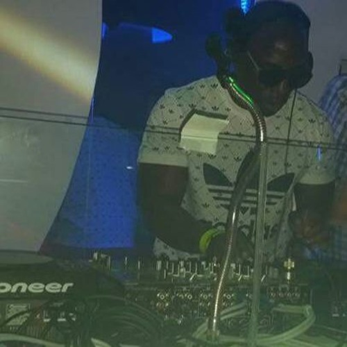 DJ TROTIE's avatar