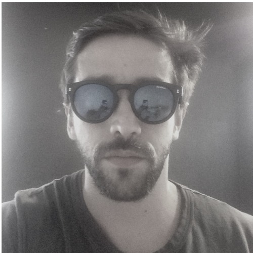 eduardo bueno's avatar