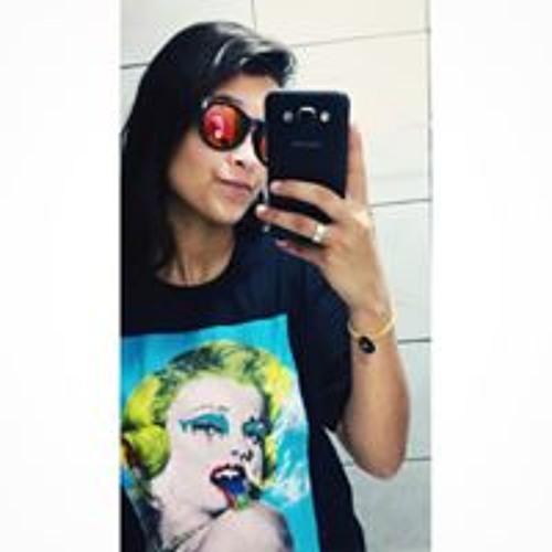 Klara Ferreira's avatar