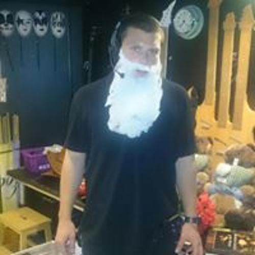Chiron Moos's avatar