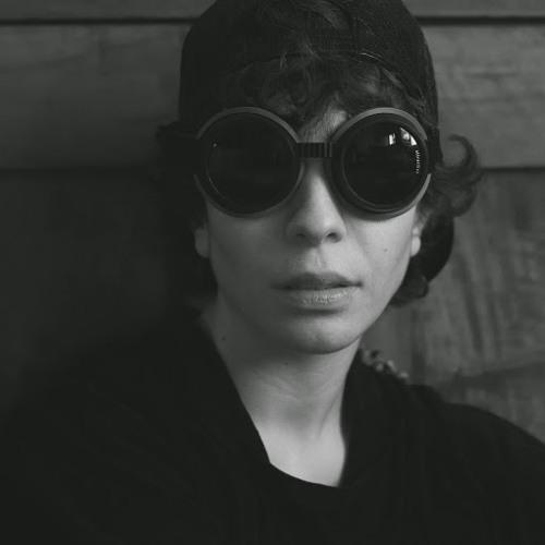 isabella dogroll's avatar