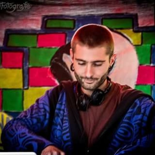 Shangri tunes's avatar