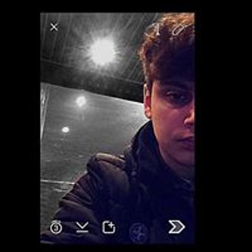 Adrin Gh's avatar