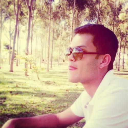 Andrew Villela's avatar