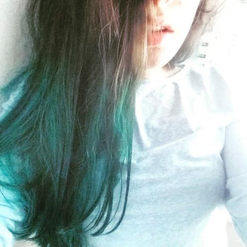 Alessandra Barry's avatar