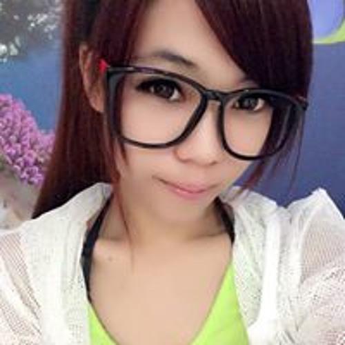 吳依玲's avatar
