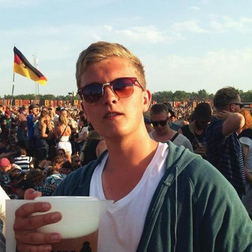 Mikkel Emil Lange Friis's avatar
