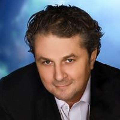 Adam Szuscik's avatar