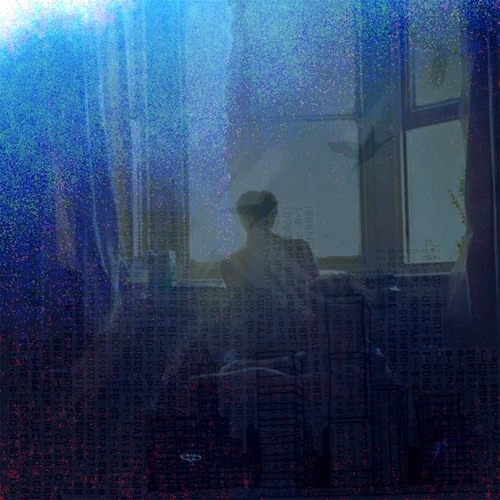 tiny blue boxes's avatar