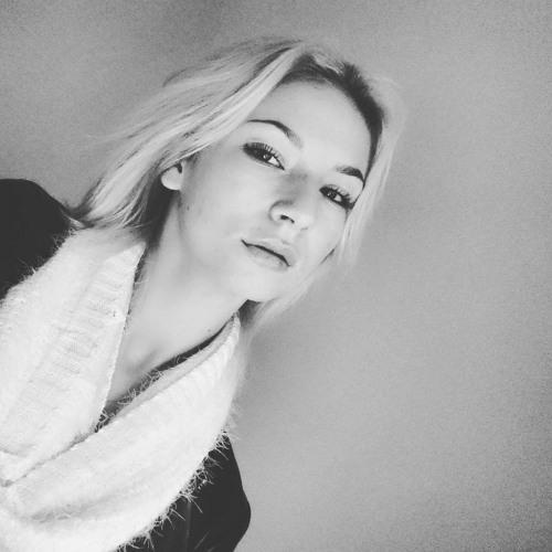 Karolina An.'s avatar