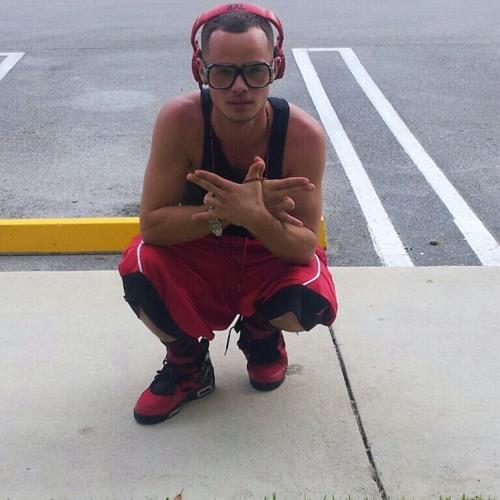 Mikey Damu Bori's avatar