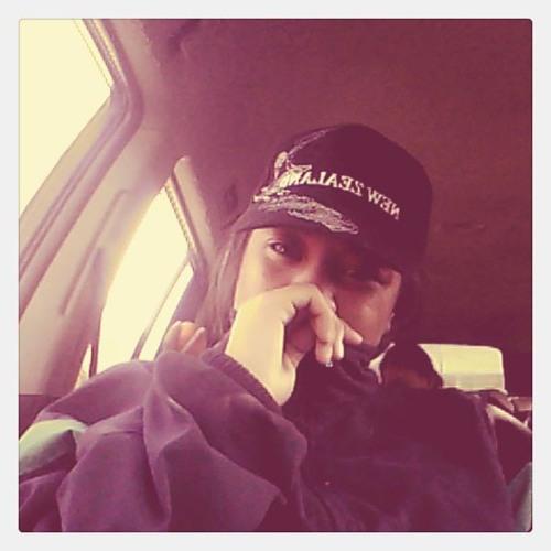 TeuilaLavea77's avatar