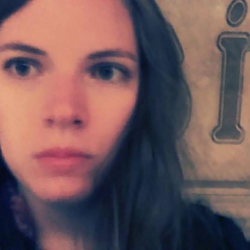 Paulina Tra's avatar