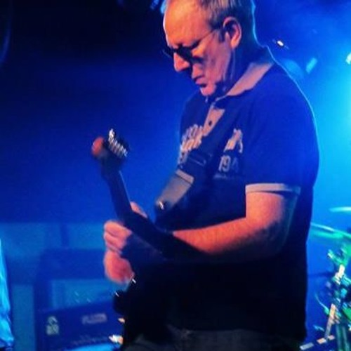 Tony Lowe's avatar