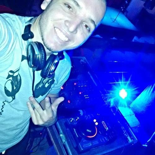 DJ Kbça's avatar