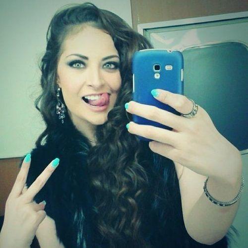 Karen Almeida's avatar
