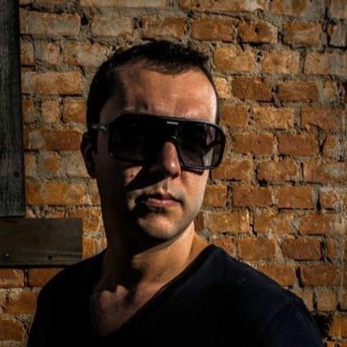Felipe Gusmã0's avatar