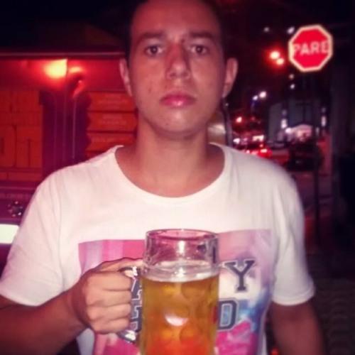 Luis Guilherme 9's avatar