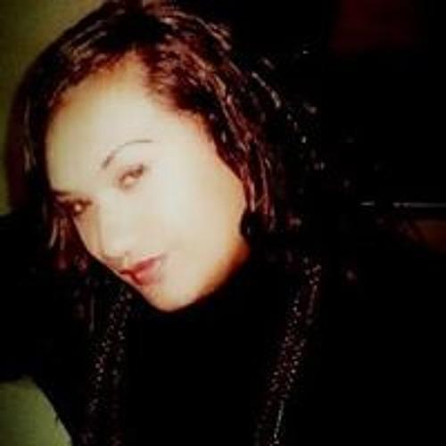 Danielle Temata's avatar
