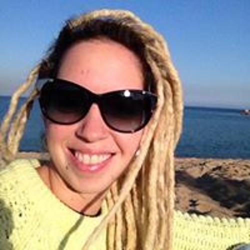 Marina Latorraca's avatar
