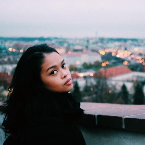 DaniRatna's avatar