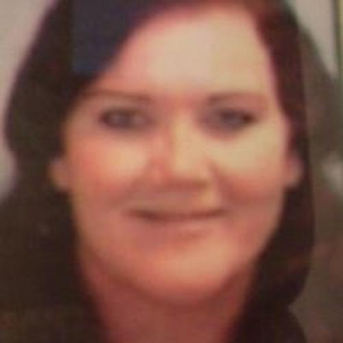 Lynn Daniels's avatar