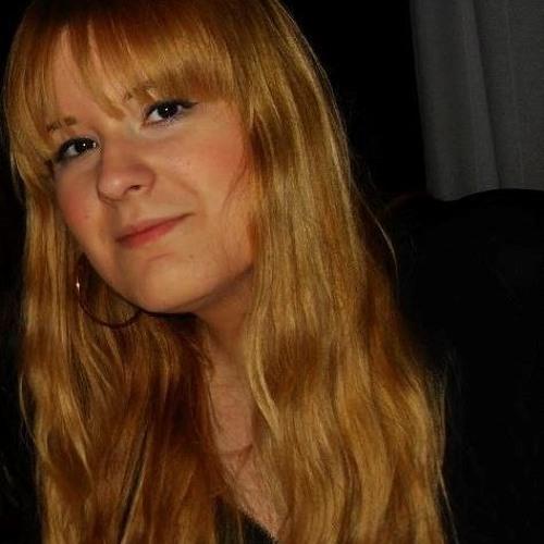 Laura (Lù)'s avatar
