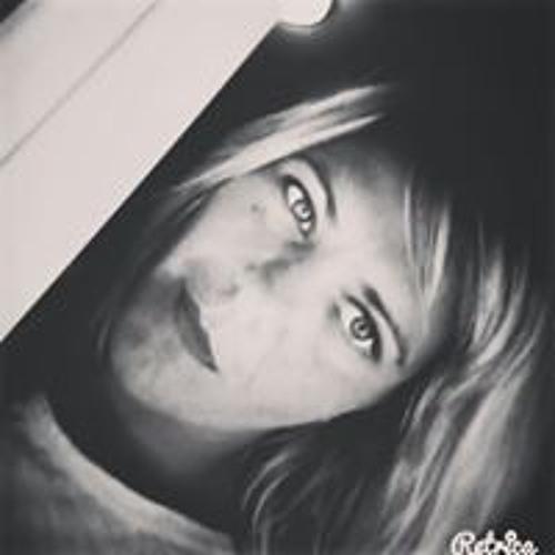 Elena Valvasori's avatar
