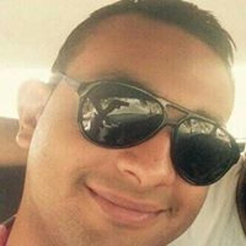 Mahmoud Elsharawy's avatar