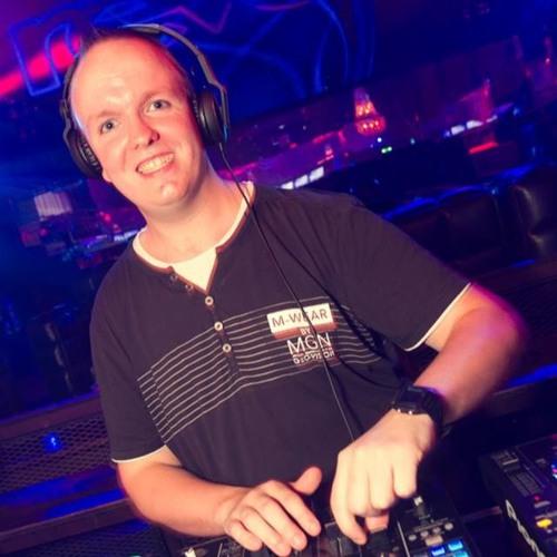 DJ DANZZ's avatar