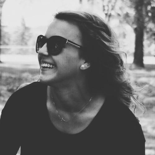 Angela Pecarina's avatar