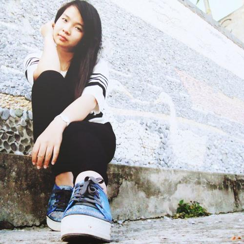 Nhok Chi's avatar