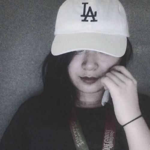 aria clemente's avatar