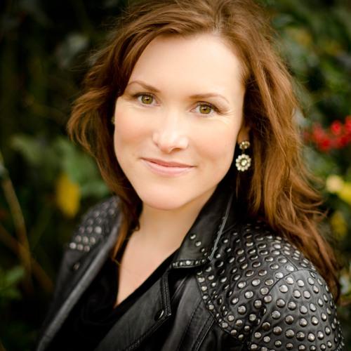 Susan Young's avatar