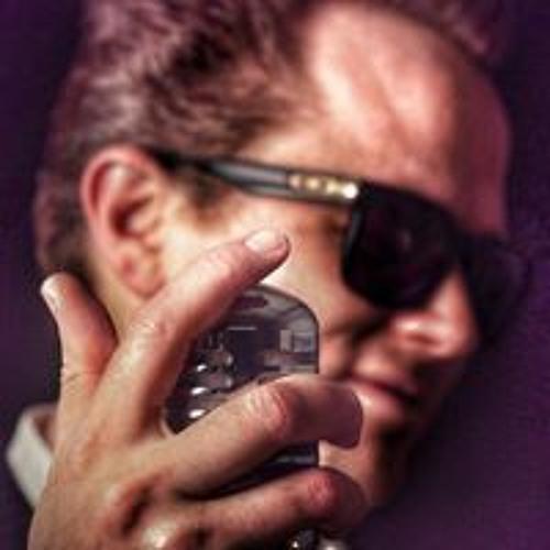 Sam Cheanz's avatar