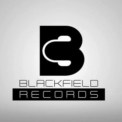 Tom Blackfield's avatar