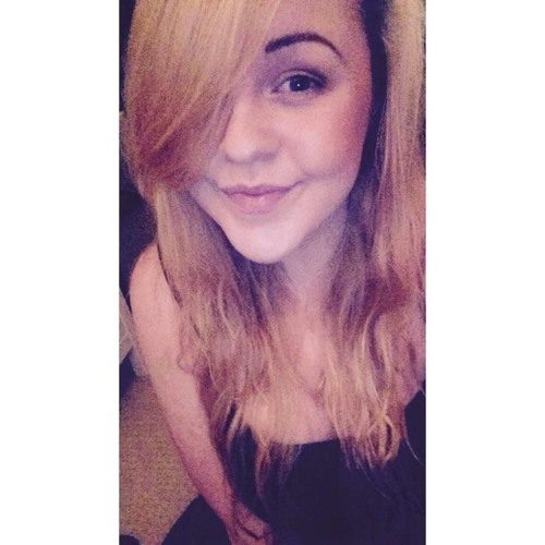 victoriahislop_'s avatar