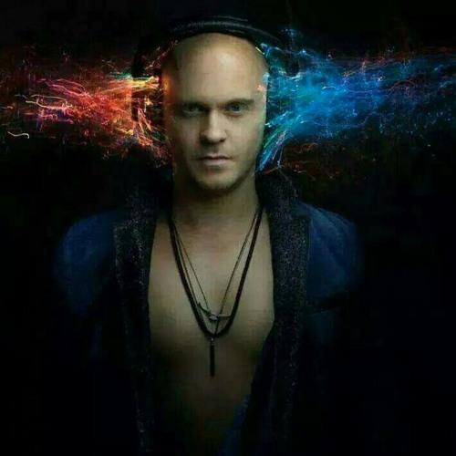 DJ Eljas's avatar