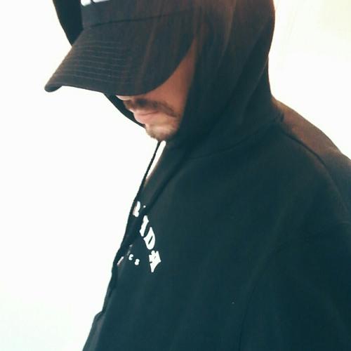HUGZ HEFNER's avatar