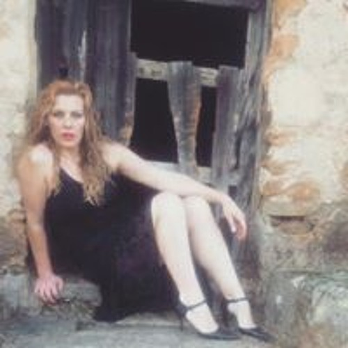 Lorena Santibañez's avatar