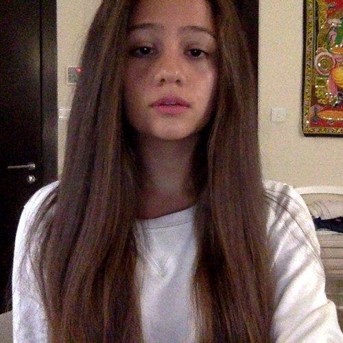 Alia Ballout's avatar