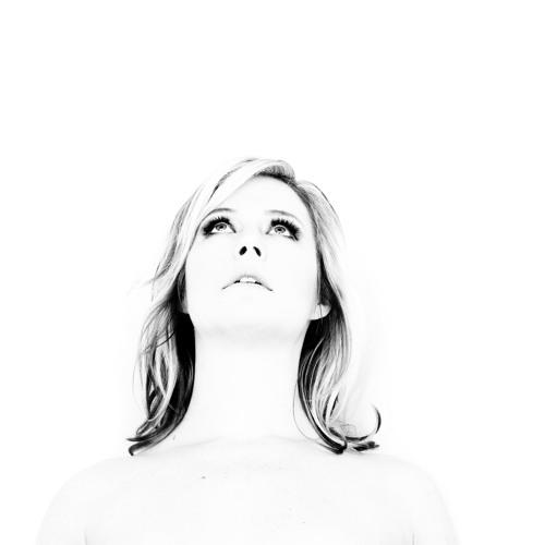 Ingrid Hakanson's avatar