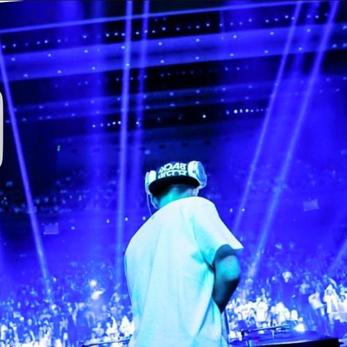DJ-221's avatar