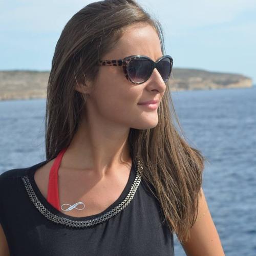 Alexandra Popa's avatar