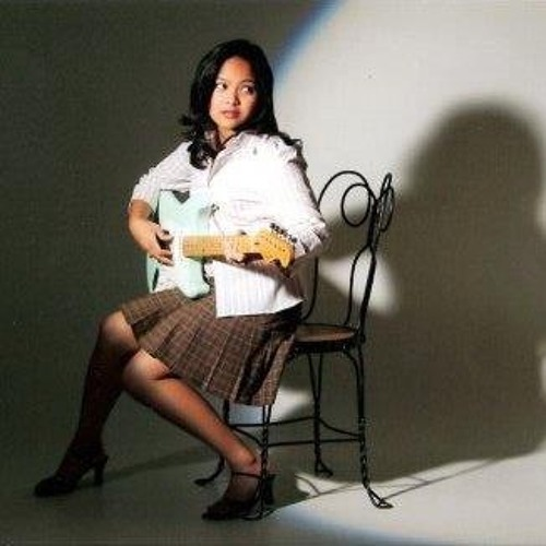 Mia Perez's avatar