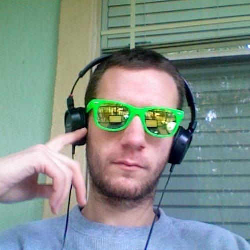 Anthony Howe 7's avatar