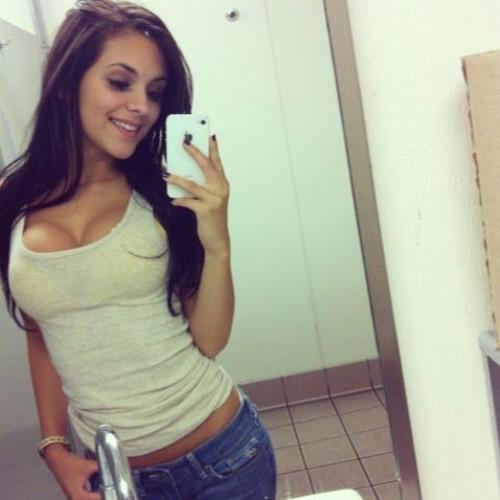 Vannesa Howland's avatar