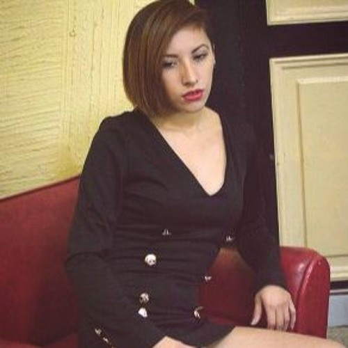 MARTA R's avatar