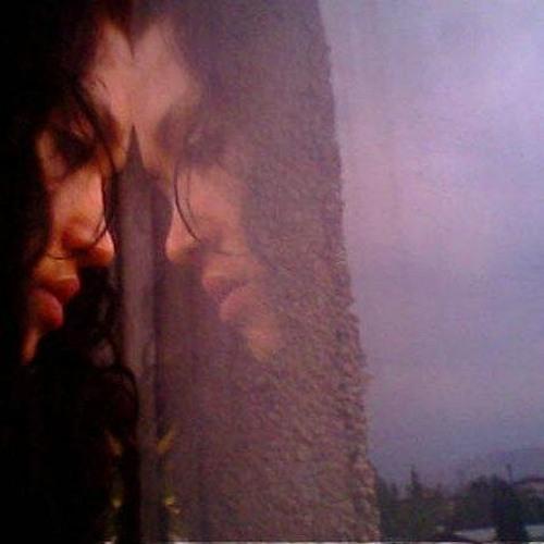 Zoya's avatar