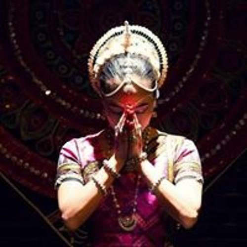 Ashna Amiya's avatar